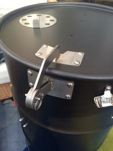 Black drum with hinge